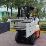 ჩინეთის ჰიდრავლიკური ეფექტური Forklift სატვირთო დანართები მრავალფუნქციური სამაგრით